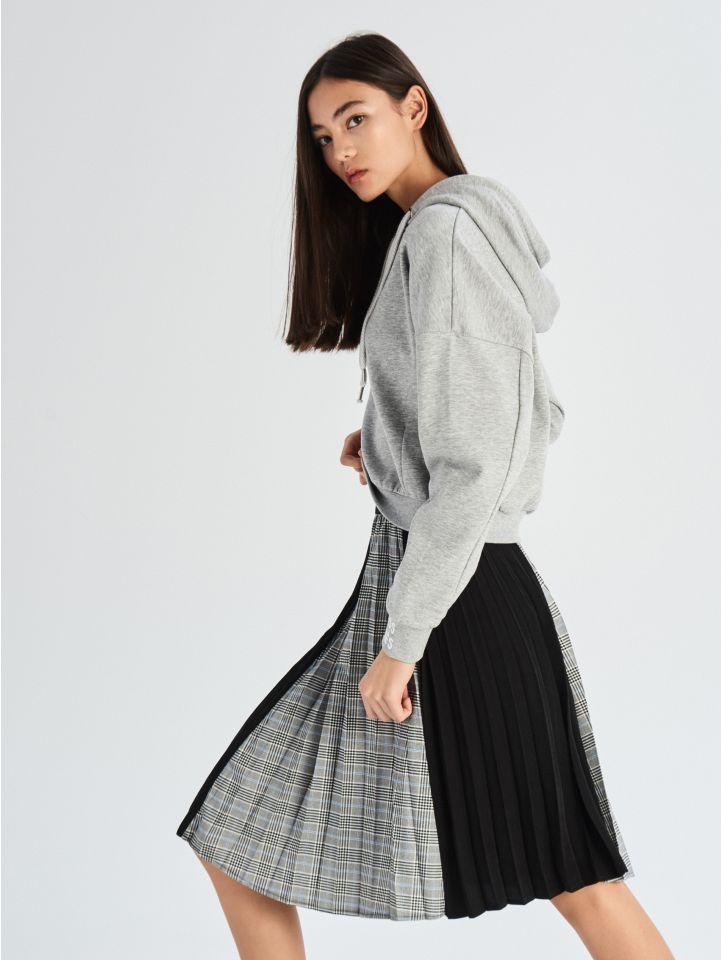 Plisovaná sukně zkombinace materiálů