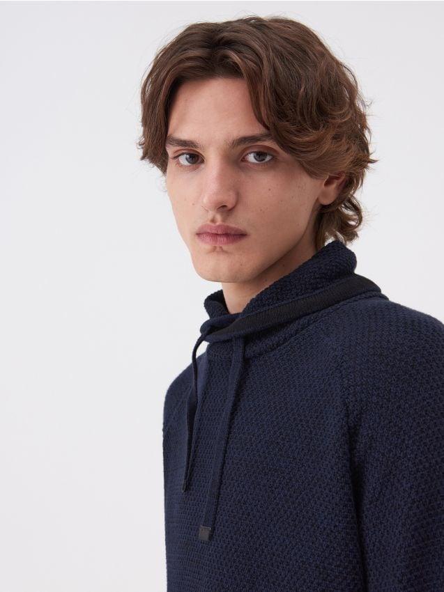 Bawełniany sweter z wysoka stójka