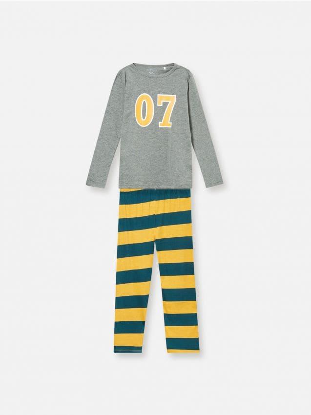 Pijama din două piese cu imprimeu