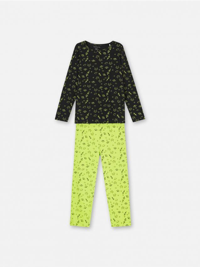 Pijama din două piese, cu motiv spațial