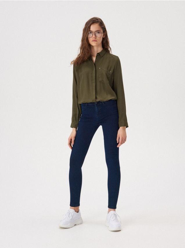 Džínsy skinny so stredne vysokým pásom