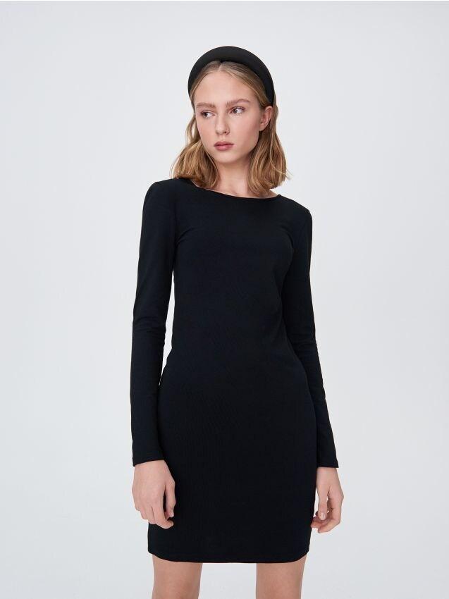 Мини-платье с V-образным вырезом на спине