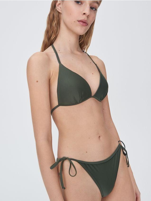 Dvojdielne plavky s viazaním naboku