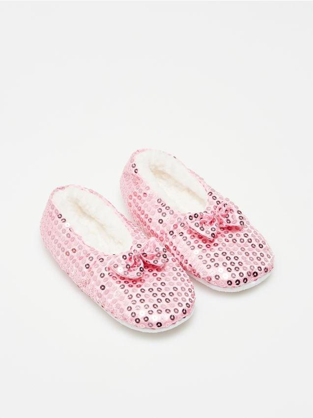 Papuci fete