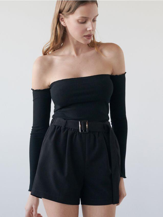 Blúzka sholými ramenami
