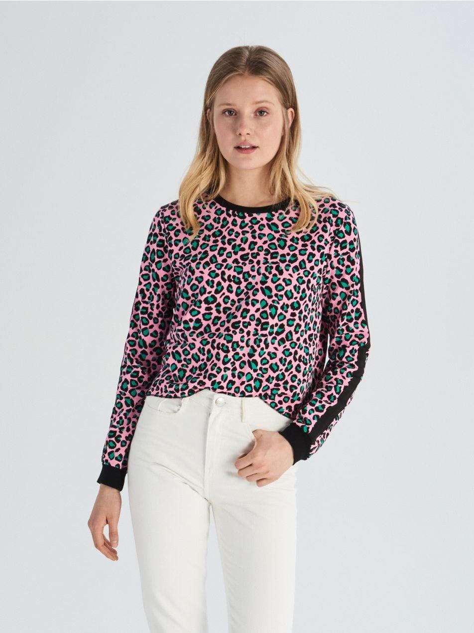 Krótka bluza w lamparcie cętki - wielobarwny - VM801-MLC - Sinsay - 3